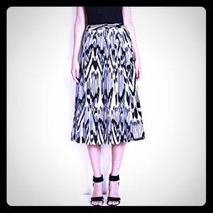 CANVAS Black & White Midi Skirt